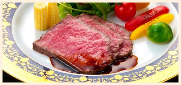 ローストビーフを冷凍保存で美味しいまま日持ちさせる方法とは?