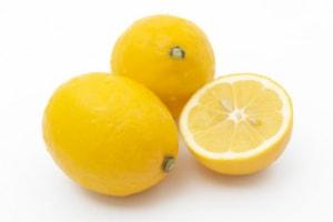 餃子の変わり種にレモン